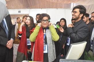 DICE Foundation pledges to fund student project on 'Wearable Aid for Deaf and Mute' at DICE IET event in Lahore